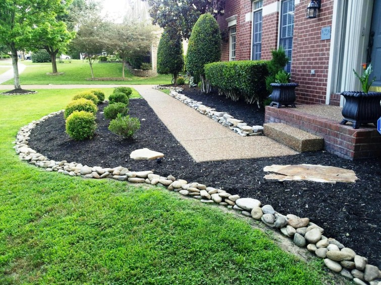 RSimple Rock Garden Decor Ideas For Front And Back Yard 10
