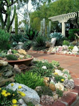 RSimple Rock Garden Decor Ideas For Front And Back Yard 19