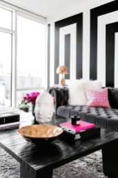 Relaxing Black And White Apartment Décor Ideas 14