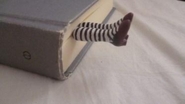 Simple Diy Book Nook Ideas For Kids 34