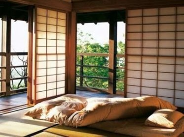Best Ideas To Decorate Your Big Window 24