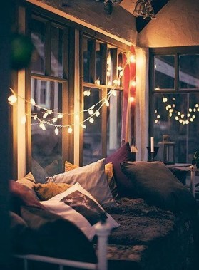 Best Ideas To Decorate Your Big Window 32