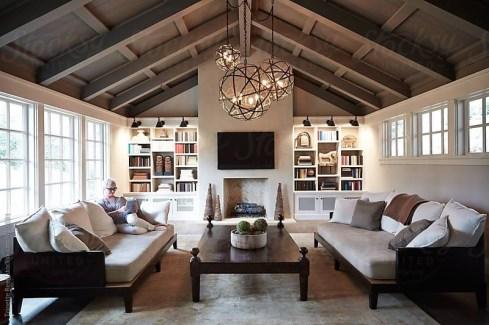 Comfy Rustic Living Room Decor Ideas 01