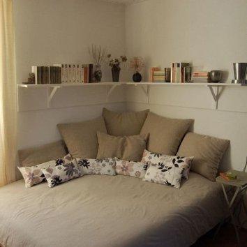 Cozy Small Apartment Bedroom Remodel Ideas 14