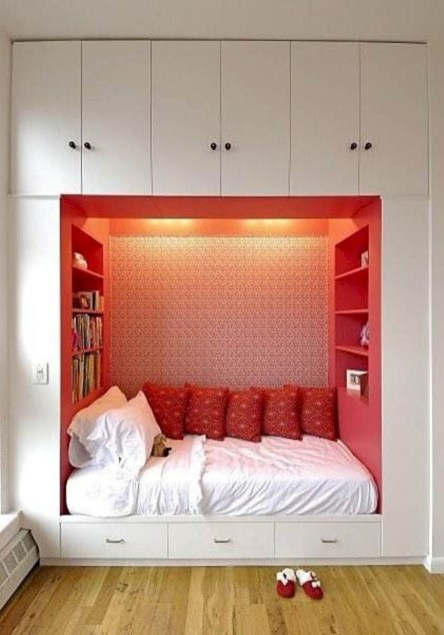 Cozy Small Apartment Bedroom Remodel Ideas 21