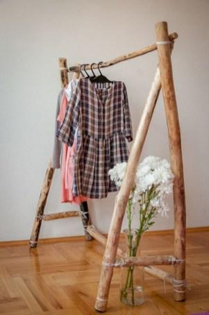 Easy And Practical Clothing Racks For Casual Décor Ideas 07