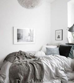 Easy Minimalist And Cozy Bedroom Decor Ideas 02