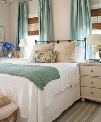 Lovely Small Master Bedroom Remodel Ideas 32