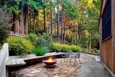 Attractive Sunken Ideas For Backyard Landscape 07