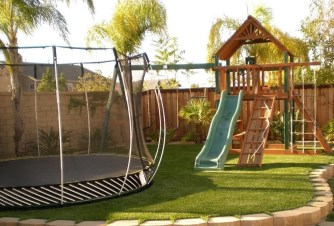 Attractive Sunken Ideas For Backyard Landscape 26