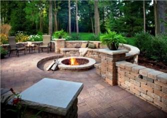 Attractive Sunken Ideas For Backyard Landscape 27