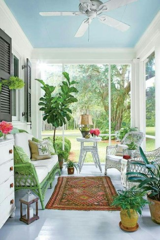 Best Ways To Create A Relaxing Porch Ideas For Big Family 03