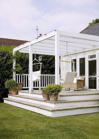 Best Ways To Create A Relaxing Porch Ideas For Big Family 08