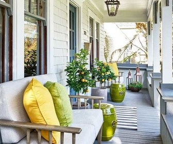 Best Ways To Create A Relaxing Porch Ideas For Big Family 18