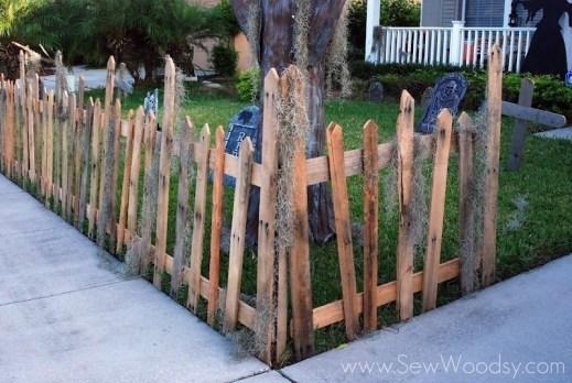 Elegant Diy Halloween Ideas For Outdoor Decoration 06