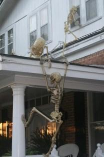 Elegant Diy Halloween Ideas For Outdoor Decoration 12
