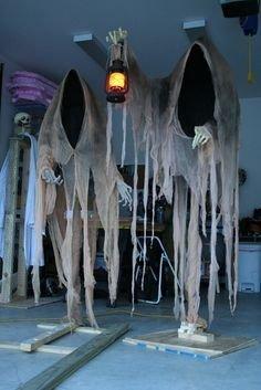 Elegant Diy Halloween Ideas For Outdoor Decoration 31