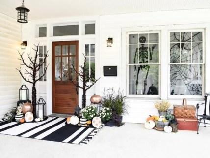 Elegant Diy Halloween Ideas For Outdoor Decoration 35