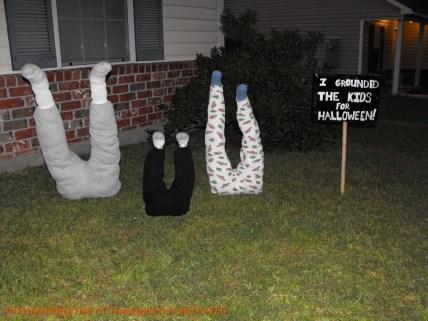Elegant Diy Halloween Ideas For Outdoor Decoration 37
