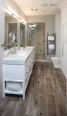 Gorgoeus Diy Remodeling Bathroom Projects On A Budget Ideas 14
