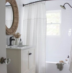 Lovely Modern Farmhouse Design For Bathroom Remodel Ideas 29