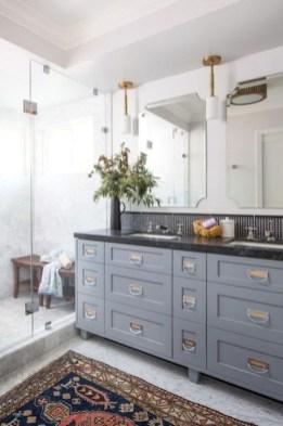 Lovely Modern Farmhouse Design For Bathroom Remodel Ideas 36