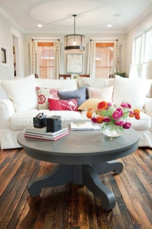 Popular Coffee Table Styling To Living Room Ideas 18