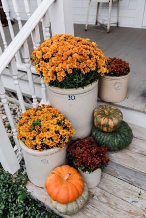 Stylish Fall Home Decor Ideas With Farmhouse Style 25