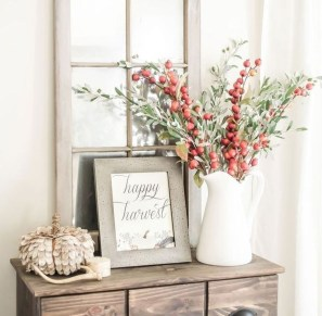 Stylish Fall Home Decor Ideas With Farmhouse Style 31
