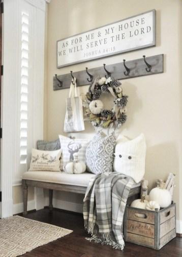 Stylish Fall Home Decor Ideas With Farmhouse Style 42