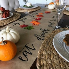 Stylish Thanksgiving Table Ideas 30