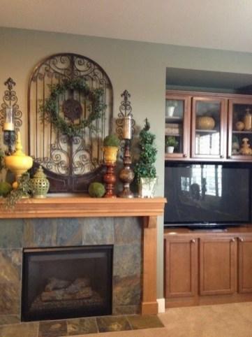 Creative Rustic Christmas Fireplace Mantel Décor Ideas 15