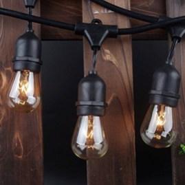 Elegant Christmas Lights Decor For Backyard Ideas 45
