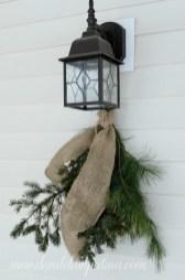 Extraordinary Outdoor Light Christmas Ideas 02
