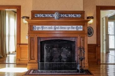 Fabulous Rock Stone Fireplaces Ideas For Christmas Décor 04
