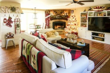 Gorgoeus Rustic Stone Fireplace With Christmas Décor 23