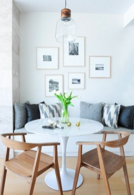 Luxurious Small Dining Room Decorating Ideas 25