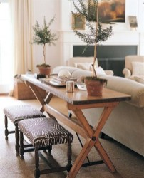 Luxurious Small Dining Room Decorating Ideas 37