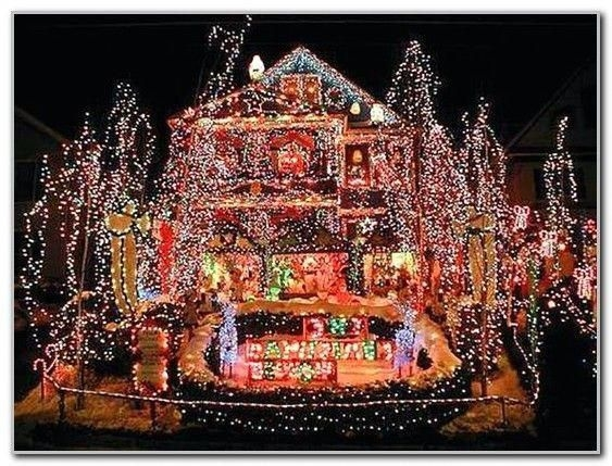 Marvelous Outdoor Lights Ideas For Christmas Decorations 18