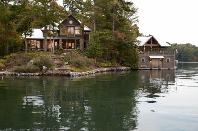 Outstanding Lake House Exterior Designs Ideas Will Totally Love 23