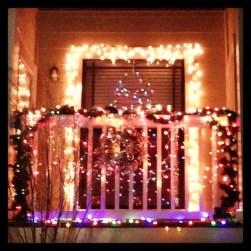 Popular Apartment Balcony For Christmas Décor Ideas 19