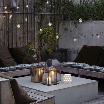 Popular Apartment Balcony For Christmas Décor Ideas 29