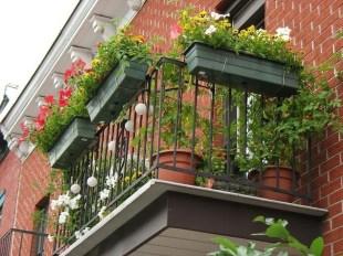 Popular Apartment Balcony For Christmas Décor Ideas 36