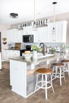Pretty Farmhouse Kitchen Makeover Ideas On A Budget 26