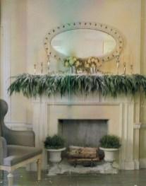 Stunning Fireplace Mantel Decor For Christmas Ideas 01