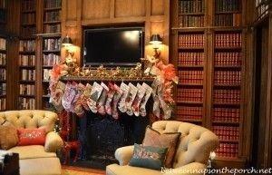 Stunning Fireplace Mantel Decor For Christmas Ideas 12