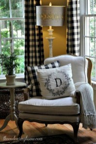 Stylish French Country Living Room Design Ideas 23