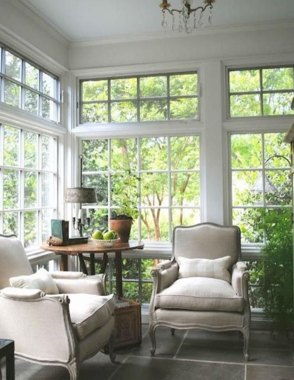 Stylish French Country Living Room Design Ideas 45