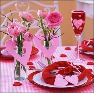 Cheap Valentine Table Decoration Ideas10