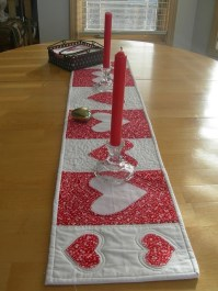 Cheap Valentine Table Decoration Ideas13
